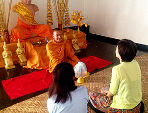 2a−ヒンドゥー教寺院 の祈り_310.jpg